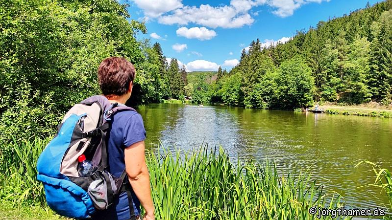 Der Wispersee auf dem Wisper-Trail Naurother Grubengold
